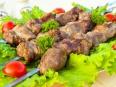 Шашлык из свинины, маринованный в уксусе