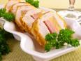 Куриное<br /> филе, фаршированное сыром, ветчиной и ананасами