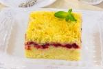 Пирог с лимоном и клюквой