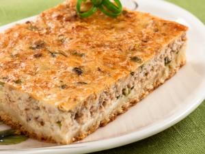 Пирог с консервированной скумбрией и рисом рецепт