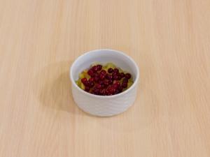 1147 08609mg 7417 p Рецепт: Крамбл с яблоками и брусникой
