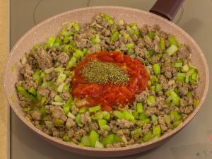 1151 01259e1k 7673 p Рецепт: Фарш с фасолью и сельдереем