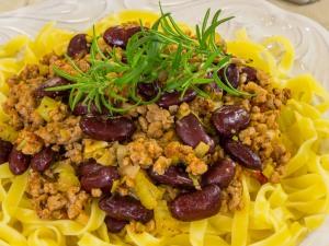 1151 01659e1k 7739 p Рецепт: Фарш с фасолью и сельдереем