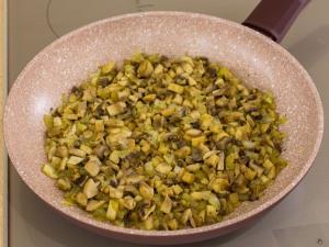 1159 014817oe 9044 p Рецепт: Печеночные котлеты под грибным соусом