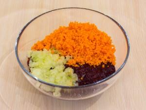 1159 0248qbm 8985 p Рецепт: Печеночные котлеты под грибным соусом