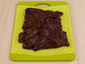 1163 06202zn 4414 p Рецепт: Печень в беконе в томатном соусе
